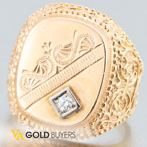 1980's Antique Victorian 14k Rosey Gold Mens Signet Ring w/Accent Diamond