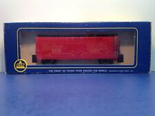 """HO Scale """"Baby Ruth"""" Forty Foot Reefer Freight Train Box Car / AHM Brand"""