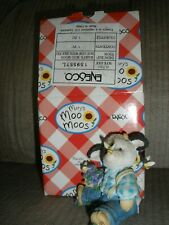 Mary's Moo Moos All A Buzz Over You #159557 1995 Branded Boy Cow with Bees