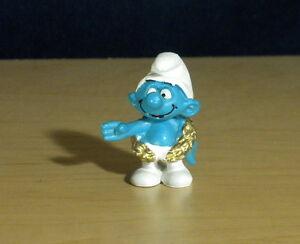 Smurfs 20058 Champion Smurf Olympic Gold Wreath Figure Vintage Toy PVC Figurine