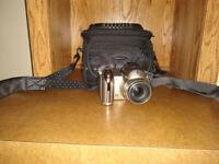 Konica Minolta Dimage Z6 6MP Digital Camera with 12x Anti-Shake Zoom with case