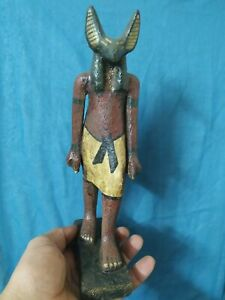 Pharaonic wood is a beautiful and rare piece 1