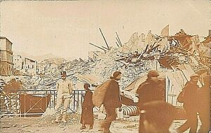 POSTCARD  ITALY MESSINA - EARTHQUAKE - DEC 1908 - ANIMATED SCENE - RP  -  1