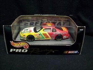 Hot Wheels Pro Racing Kelloggs Terry LaBonte 1:43 Scale Nascar.
