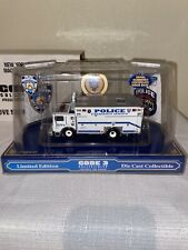 Code 3 1:64 New York Police Department NYPD Mack/Saulsbury Heavy Rescue 12550
