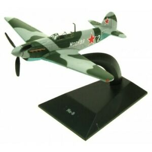 Basement Yak-9 Blister Packed With Display Stand - 1:144
