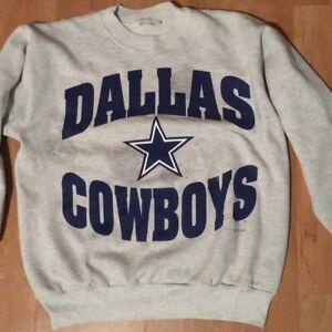 Dallas Cowboys Helmet Sweatshirt Long Sleeve NFL American Football Vintage Gift