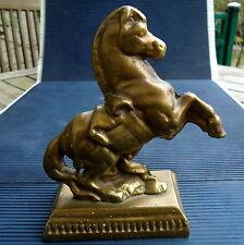 Cheval  Bronze Doré Massif Sur Socle Beaux Reliefs 15,5 x10,5 x 6,5 Cm - 885 Grs