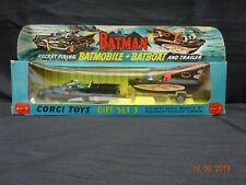 CORGI GIFT SET 3 BATMOBILE AND BAT BOAT