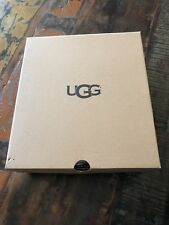 Empty Ugg Box for size 8 women's boot