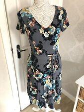 Laura Ashley Short Sleeve Floral Stretchy Dress Size 8
