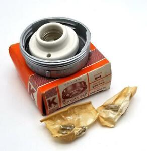 Killark VFC-100 Fixture Cap W/ Receptacle 100 W (4 Available)