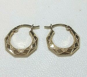 9ct Hallmarked Gold Faceted Small Hoop  Earrings (Real Gold )