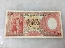 (JC) Indonesia 1958 old banknote 100 Rupiah UBU 068971 - EF