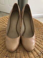 Nine West women's shoes size 10 Tan/beige-so Versatile