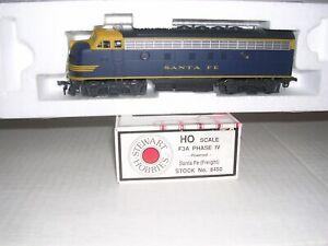 STEWART #8450 & 51 S.F.Freight EMD F-3A & B Phase IV Diesel Locos NO #s H.O.1/87