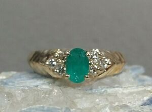 Emerald 14k Yellow Gold Ring With Diamond Accents size 6.25