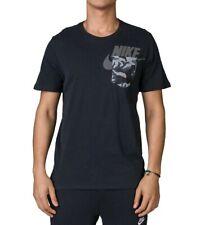 Mens Nike sportswear Pocket T-shirt UK Size Medium