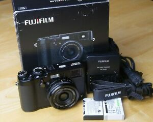 Fujifilm X-100T, black, working as is with issues
