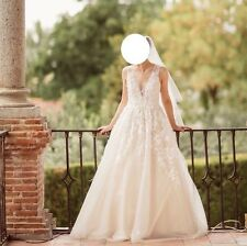 Pre-owned Wedding Gown UK size 8-10 - Wedding Dress With Matching Veil
