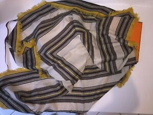 Hermes scarf , 100% cashmere, 100 cm x 100 cm