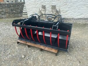 """Grab Bucket 2m 6'6"""" Tractor Mounted"""