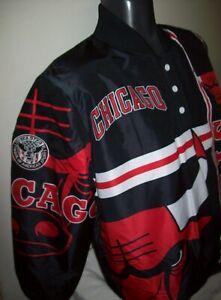 CHICAGO BULLS STARTER Pull Over Jacket BLACK w/ RED & WHITE Trim LARGE
