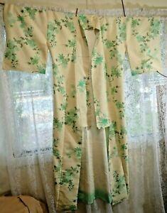 Vintage Japanese Full Length Kimono 155cm Cream and Green Floral
