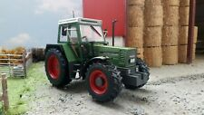 WEISE TOYS 1:32 SCALE FENDT FAVORIT 612 LSA