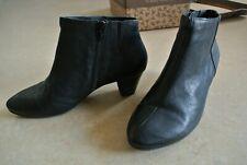 Original THINK! Fania schwarze Stiefelette aus Leder, wie NEU, Gr. 38,5