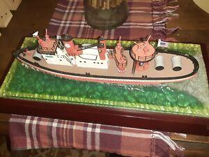 Code 3 FDNY Fireboat John J. Harvey 1:136 diecast  with Base