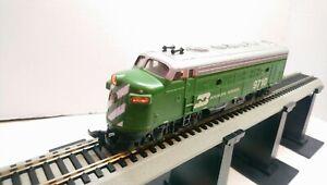 Bachmann HO Train Burlington Northern EMD F9A Dummy Diesel Locomotive