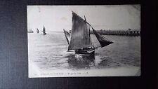 CPA Boulogne-sur-Mer Barques de pêche