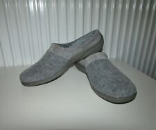 * GREY * HOTTER * SLIPPERS ~ UK Sz 8 (LEATHER SUEDE TRIM) * NEW *