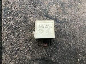 BMW E30 Main Relay White (12631729004) 325i 325is 325ix 325e