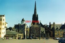 PHOTO  1994 EDINBURGH LOOKING OUT TO THE CITY FROM THE CASTLE ESPLANADE