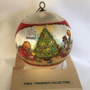 Hallmark Keepsake Ornament, Joan Walsh Anglund 1979 QX2059 Tree Trimmer Collecti