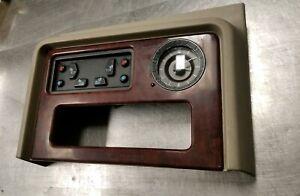 05 Cadillac Escalade Center Console Upper Trim Clock Bezel W/ HEATED SEAT SWITCH