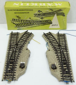 Marklin 5117 HO Left and Right Track Switches (Pair) LN/Box