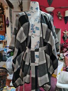 Gorgeous M&S Poncho / Wrap / Jacket Unusual Size XL