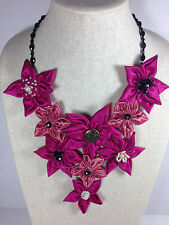 Handmade Statement Necklace Daisy Flower V-Shape Hot Light Pink Crystal Chain