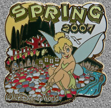 Tinker Bell Sitting with Flowers Pin - DISNEY Pin LE 1000 - Spring 2007 - WDW