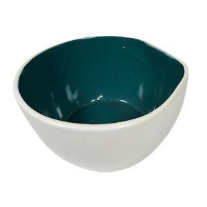 """Studio Pottery White Green 7.5"""" Mixing Bowl Pouring Spout Batter Baking Modern"""