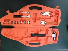 7FFF09 CHILD'S TOOL KIT, SHAPED LIKE A CAR, INCLUDES HAMMER, SOCKETS, PLIERS, GC