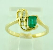14k Solid Yellow gold Natural  Emerald & Diamond Ring  0.41 ct  Pre owned