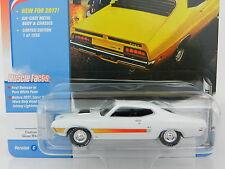 2017 Johnny Lightning *MUSCLE CARS USA R1C* WHITE 1970 Ford Torino GT *NIP!*