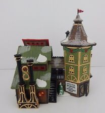 Dept 56 North Pole Elfin Forge & Assembly Shop #56384 D56 NP Very Good Condition