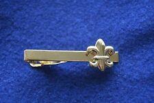 """Pince à cravate homme couleur doré """"or"""" royaliste fleur de lys fixe-cravates"""