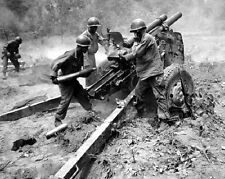 "U.S. Soldiers firing a 105 mm Howitzer Cannon 8""x 10"" Korean War Photo 2"