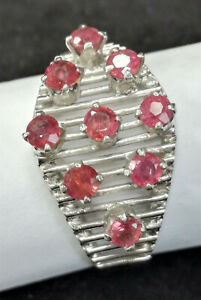 Silber Ring mit 9 Rosaroten Steinen